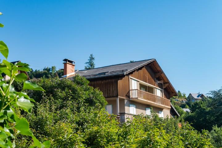 Appartement T4 (6-8 personnes) dans villa Embrun